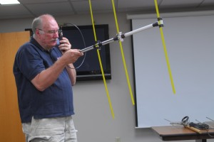 Lars KB3WBT demonstrates a homebrew DF antenna